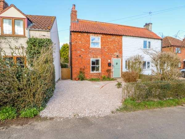 Owl Cottage in Lincolnshire