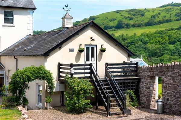 Pantyscallog Coach House in Powys