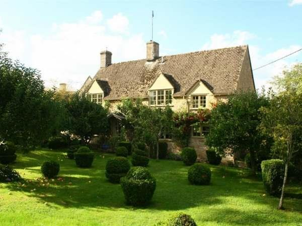 Pear Tree Cottage in Gloucestershire