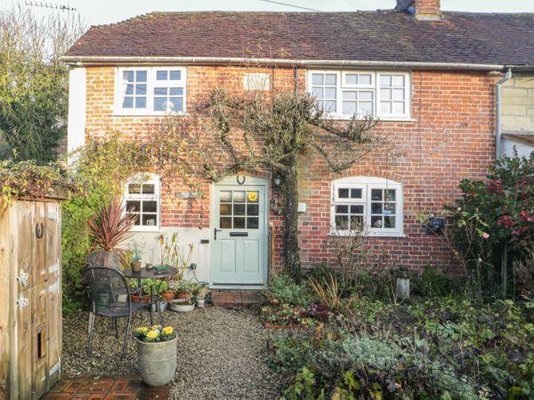 Pear Tree Cottage in Wiltshire