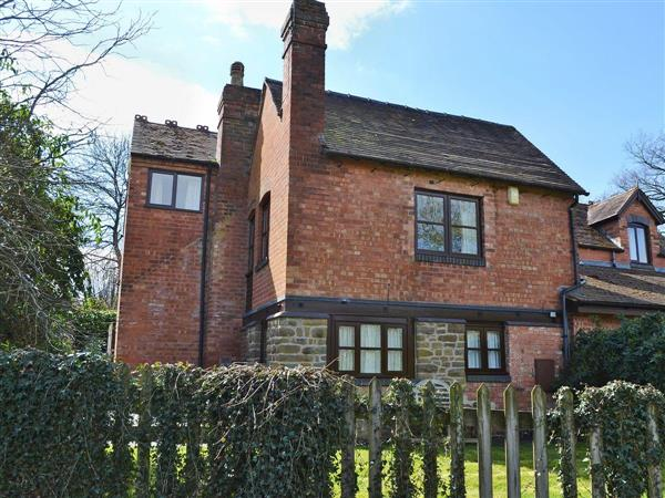 Pear Tree Cottage in Worcestershire
