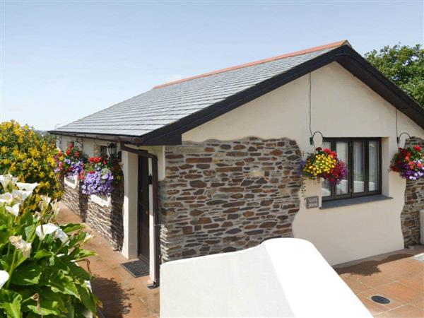 Pencrennow Farm Cottages - The Gatehouse in Cornwall