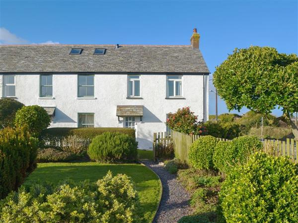 Pendragon Cottage from Cottages 4 You