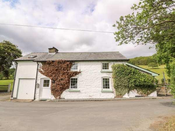 Penlone Cottage in Powys