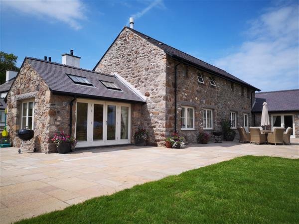 Penrhyn Barn from Sykes Holiday Cottages