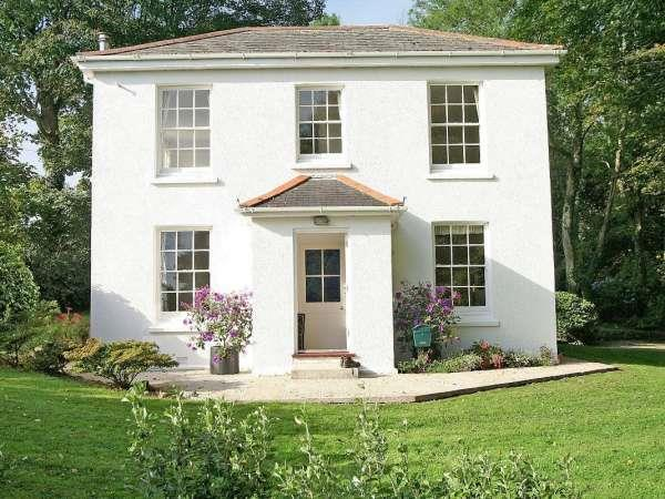 Penwarne Lodge in Cornwall