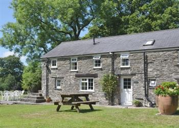 Penwern Fach Holiday Cottages - Towy in Dyfed