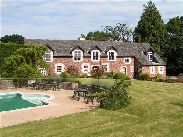 Periton Park Court - Garden Retreat in Somerset