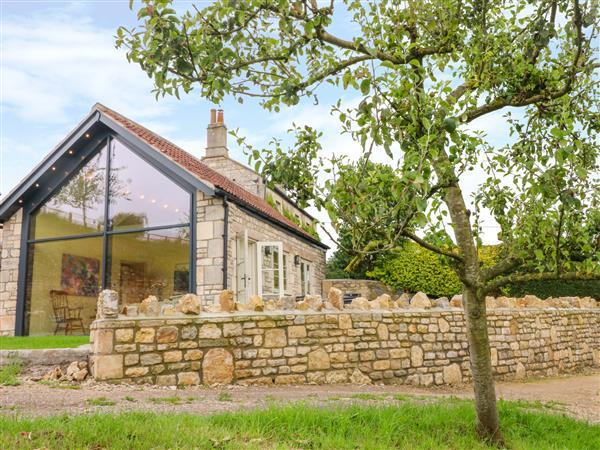 Pheasant Cottage in Avon