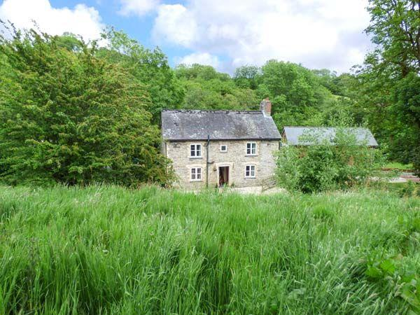 Ploony Cottage in Powys