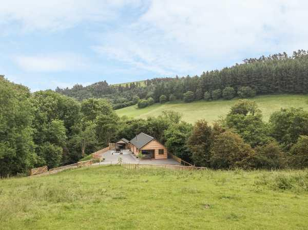 Ploony Hill Lodge in Powys