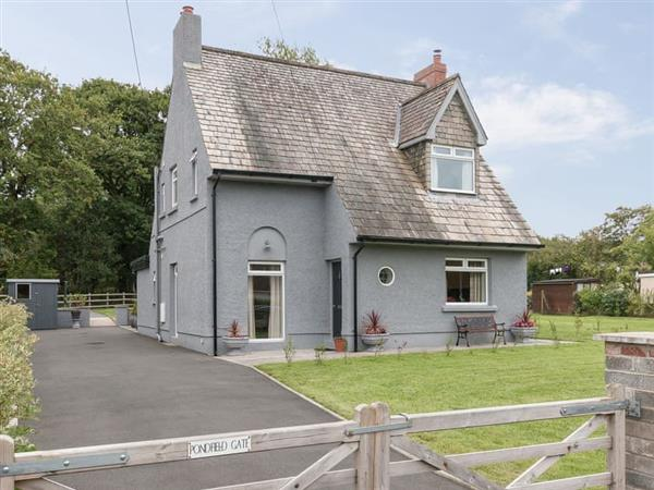 Pondfield Gate Cottage in Dyfed