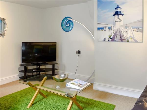 Porthole Cottage from Cottages 4 You