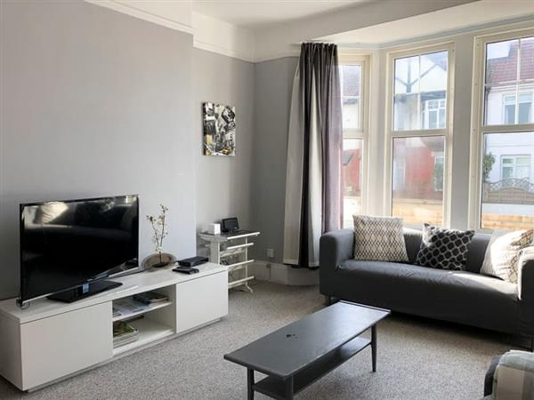 Preston Beach Apartment in Paignton, Devon