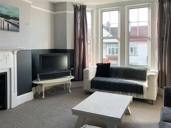 Preston Sands Apartment in Paignton, Devon