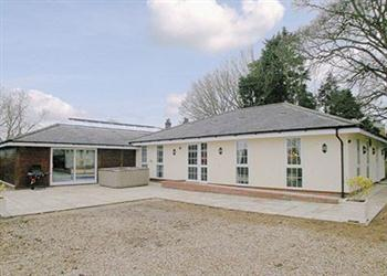 Raynham Cottages - Lavender Lodge in Norfolk