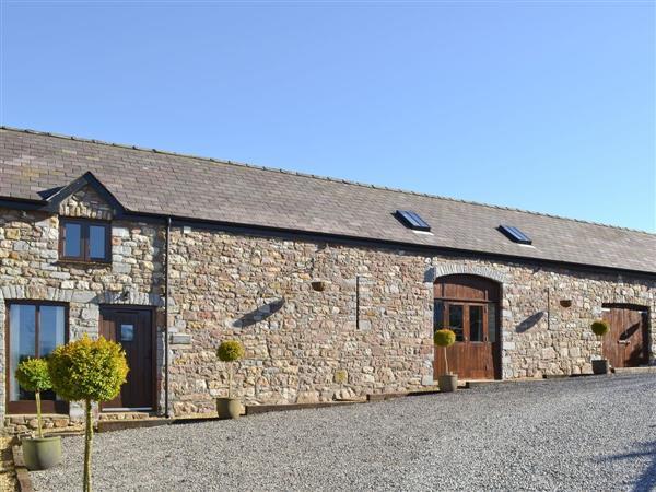 Rhiwddu Barns- Beacons Barn in Dyfed