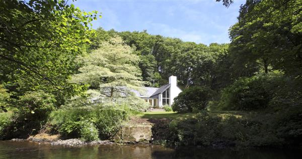 River Cottage in Newport, Dyfed