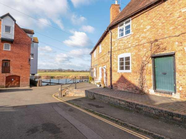 River Cottage in Tewkesbury, Gloucestershire