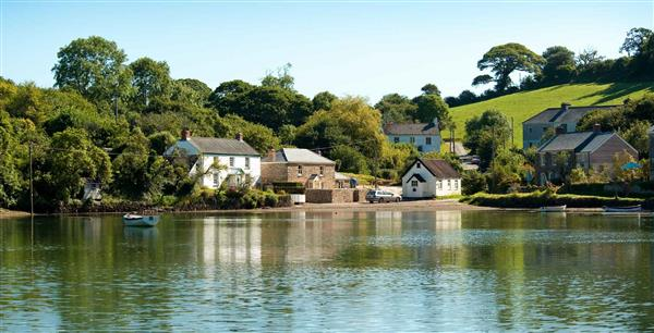 Riverside Cottage in Cornwall