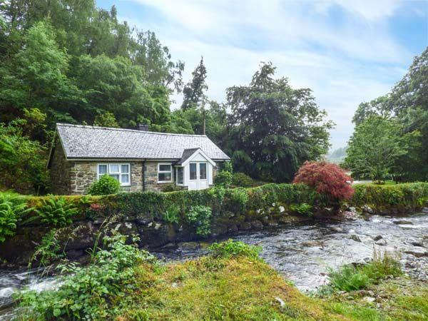 Riverside Cottage from Sykes Holiday Cottages