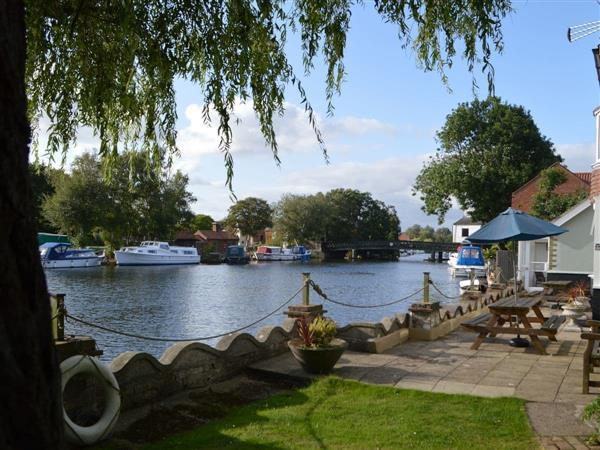 Riverside House in Suffolk