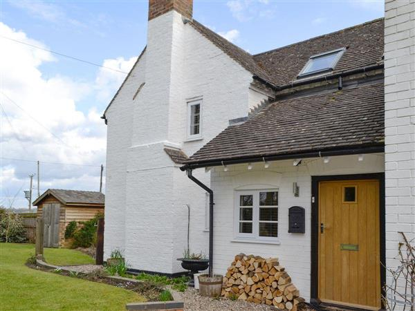 Roadfield Cottage in Worcestershire