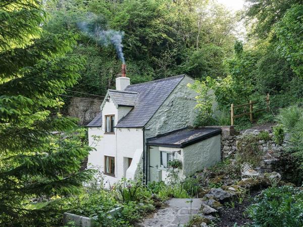 Rock Cottage in Derbyshire