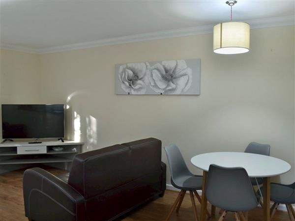 Room and Roof Serviced Apartments - Sapphire Apartment 2 in Hampshire