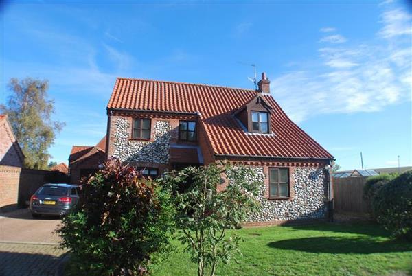 Rose Cottage (Woodside) from Norfolk Hideaways