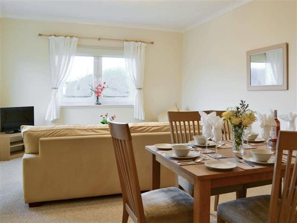 Rousland Cottages - Cedar Lodge in West Lothian