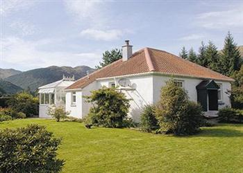 Rowan Cottage in Argyll