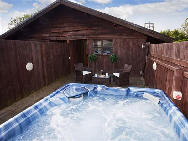Rowels Lodge - Riverside Lodges in North Yorkshire