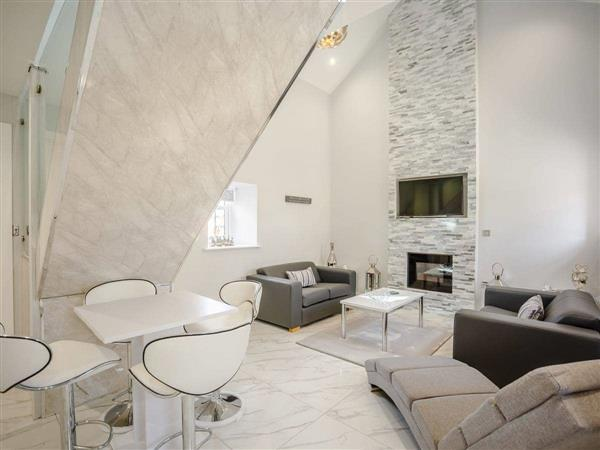 Rowley Stone Cottages - Barn Owl Cottage, Rowley, near Consett, Durham with hot tub
