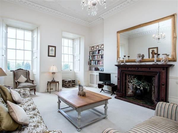 Royal Crescent  Apartment in Avon