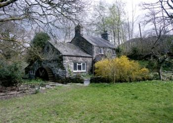 Royal Oak Farmhouse from Sykes Holiday Cottages