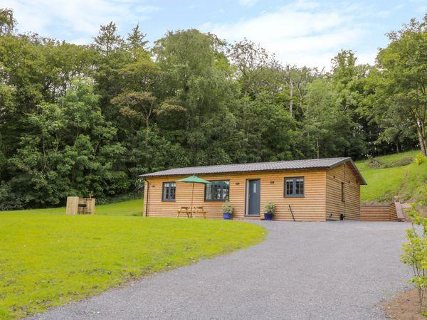 Ryedale Country Lodges - Hazel Lodge in Kirkbymoorside, North Yorkshire