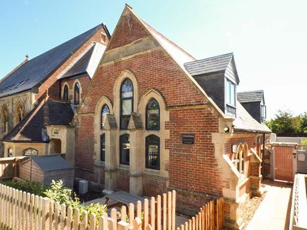 Sanctuary Cottage in Isle of Wight