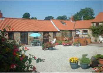 Sands Farm Cottages - Honeysuckle Cottage in North Yorkshire