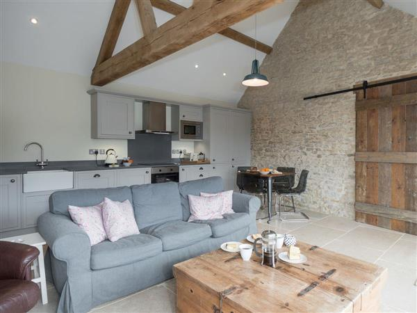 Sands Farm Cottages - The Bull Pen in Wiltshire