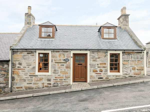 Sea Breeze Cottage in Banffshire