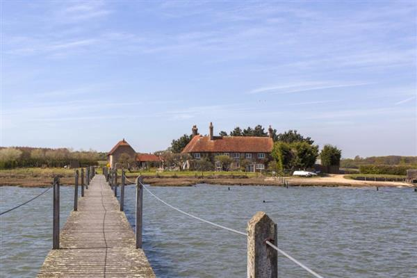 Seastar Cottage in Hampshire