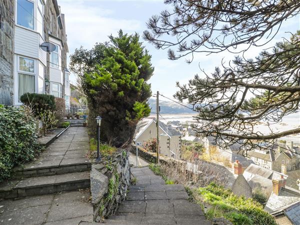 Seaview Apartment in Gwynedd