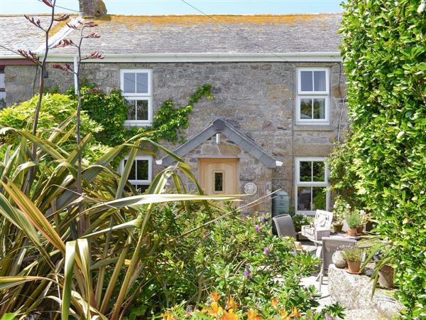 Secret Garden Cottage in Cornwall