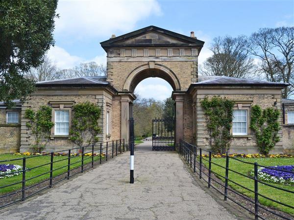 Sewerby Hall Cottages - Oak Cottage
