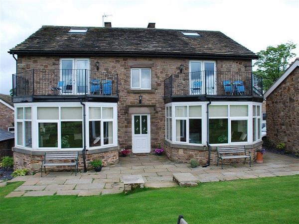 Shallcross Hall Cottages - Blackbrook in Derbyshire
