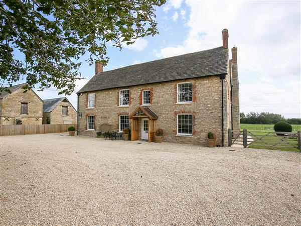 Shifford Manor Farm from Sykes Holiday Cottages