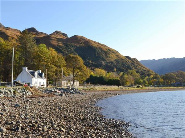 Shore Cottage in Ross-Shire