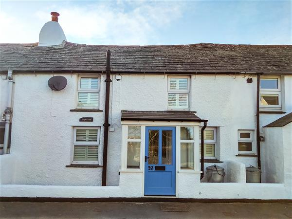 Snugglers' Cottage in Cornwall