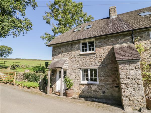Spinsters Rock Cottage in Devon
